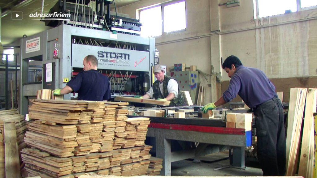 palet üretimi nasıl yapılır 1024x576 - SIFIR AHŞAP PALET ÜRETİMİ VEYA PALET İMALATI